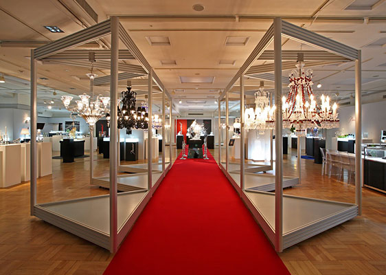 Baccarat Pacific / Chandelier Exhibition Hall Showcase